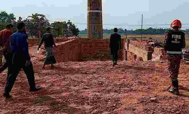 কেন্দুয়ায় লাইসেন্স বিহীন ইট ভাটার মালিককে লাখ টাকা জরিমানা