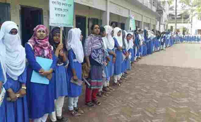 বাল্য বিয়ে মুক্ত ময়মনসিংহ বিভাগ বাস্তবায়ণে কেন্দুয়ায় মানববন্ধন র্যালী ও গণস্বাক্ষরতা কর্মসূচি